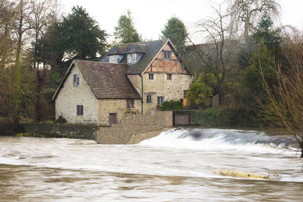 Artists impression of the proposed turbine at Ludford Mill